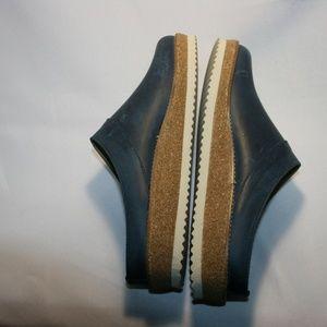 Haflinger Shoes - HAFLINGER Clog | Travel Classic, Navy Wide Width